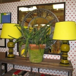 yellow-accents-in-interior-lighting3.jpg