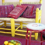 yellow-accents-in-interior-details7.jpg