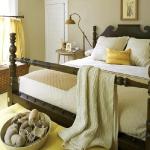 yellow-accents-in-bedroom6.jpg