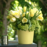 yellow-and-green-flowers-centerpiece-ideas6.jpg