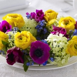 yellow-and-other-flowers-centerpiece-ideas11.jpg