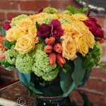 yellow-and-other-flowers-centerpiece-ideas2.jpg